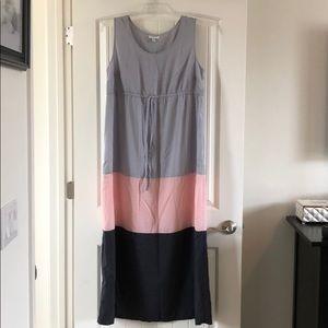 Dresses & Skirts - Color block maternity dress